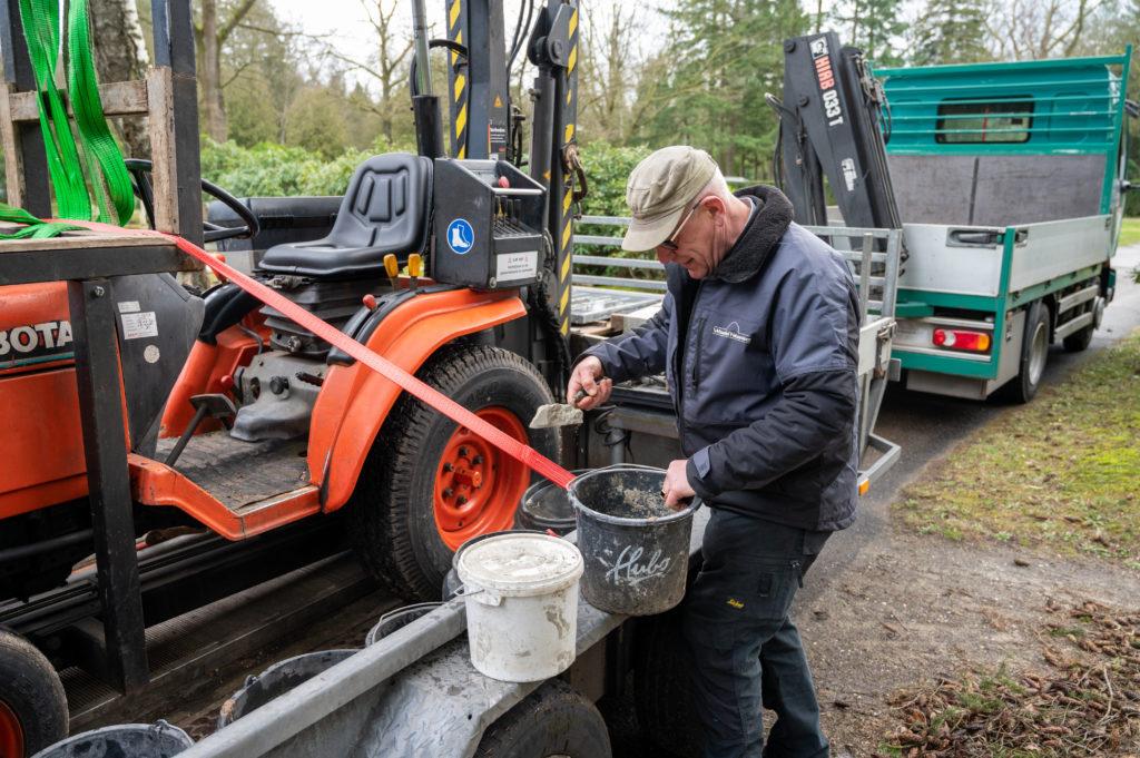 DeAfscheidsfotograaf.nl Servaas Raedts Fotografie 61 1024x681 - Hoe wordt een grafsteen geplaatst?